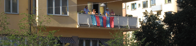 Egenhändigt konstruerad regnbågsflagga