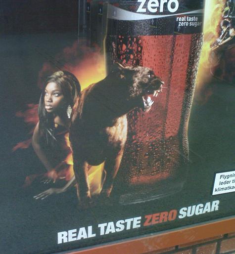 Coke Zero och en svart panter