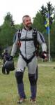 Jag på väg att hoppa ett AFF-hopp i fallskärm