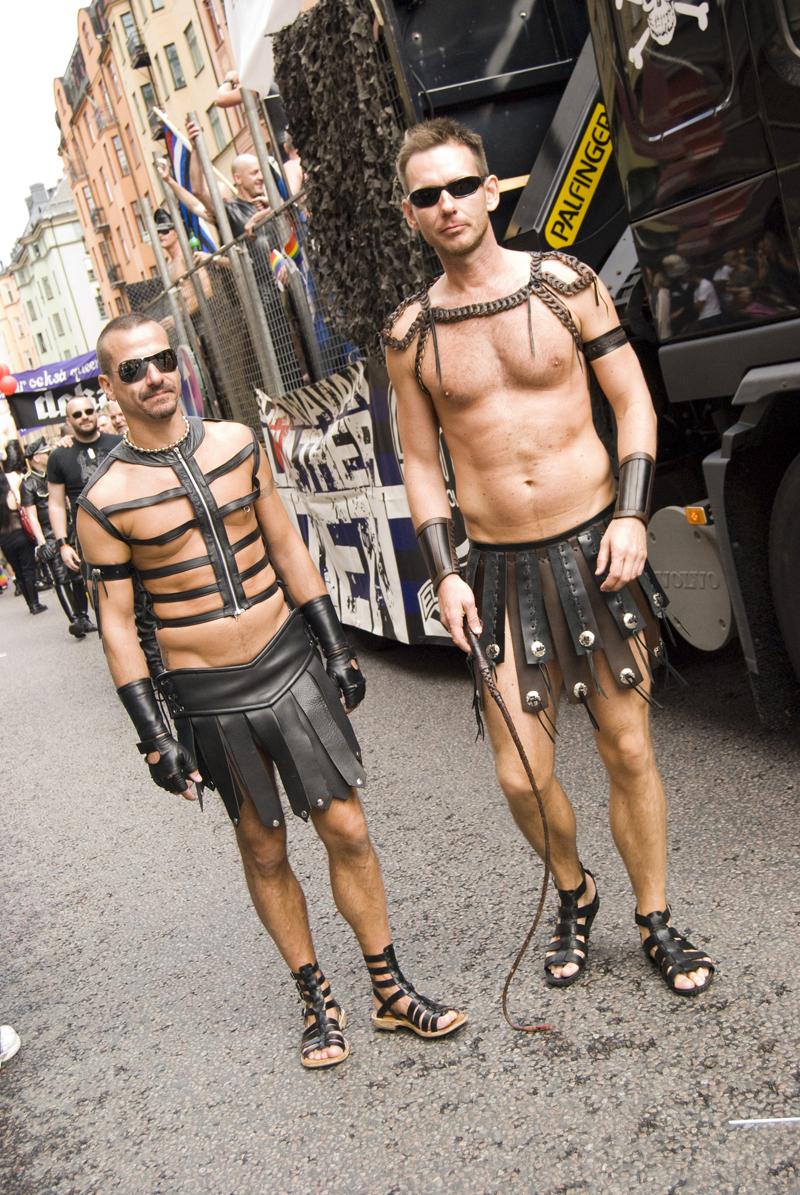 Homofob senator greps pa vag fran gayklubb