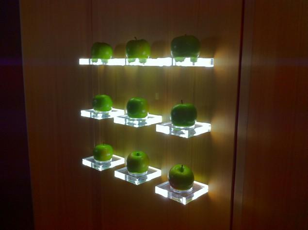 Dekoration av ätbara äpplen på Le Germain