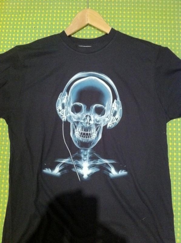 T-shirt med dödskalle