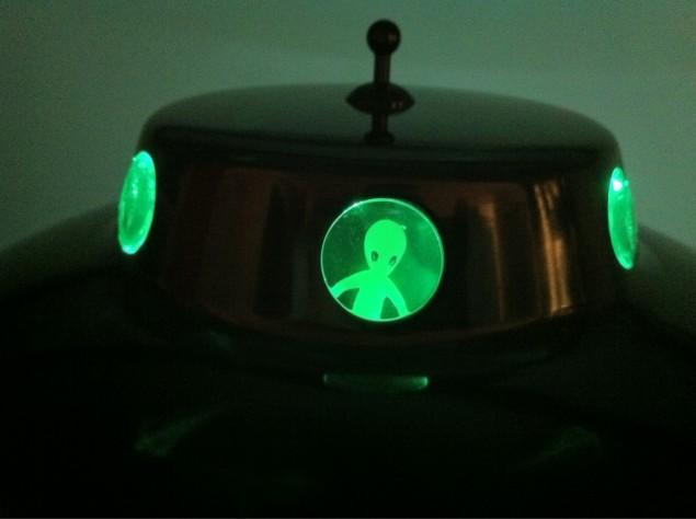 Detalj från Alien Lamp