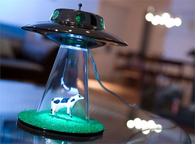 Alien lamp, design Lasse Klein