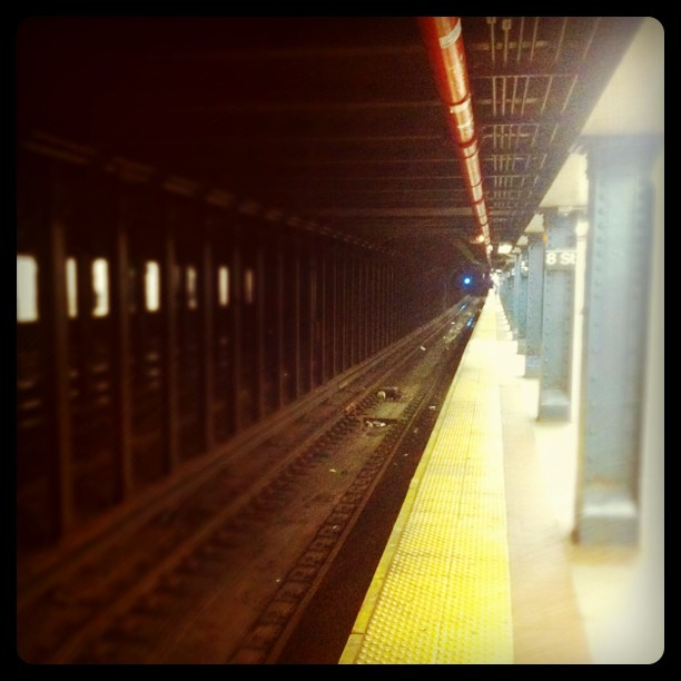 8th Street subway station