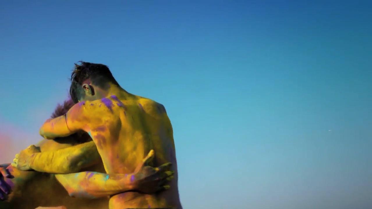 Screenshot från Thierry Muglers SS12-film av Nichola Formichetti